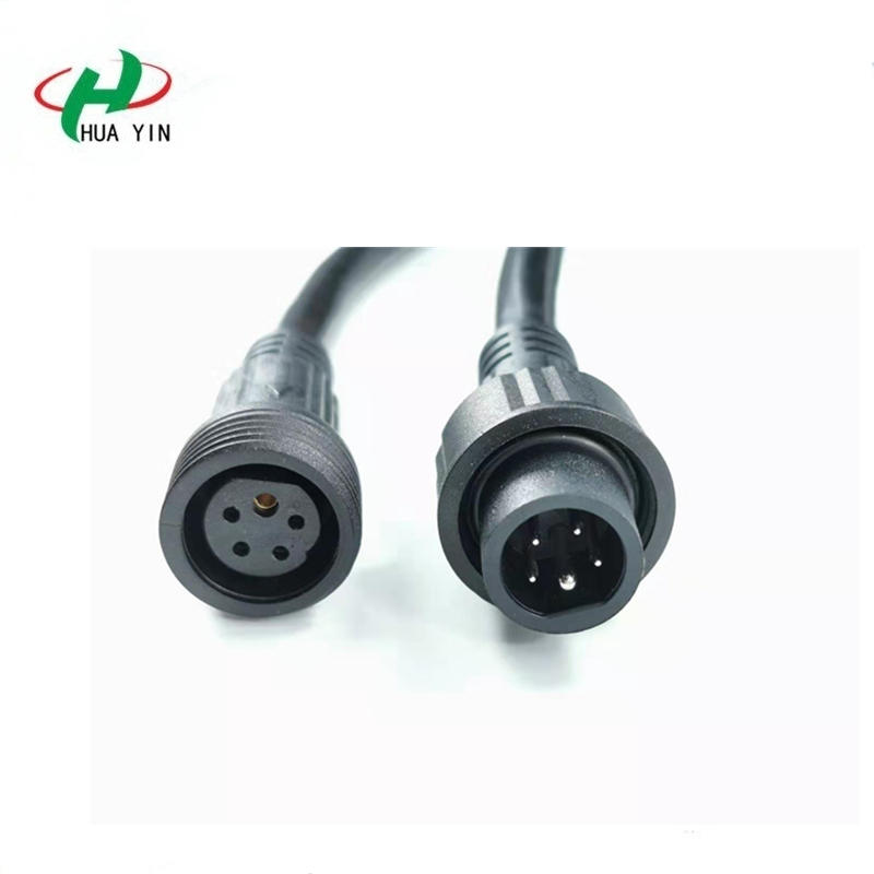 Y Connector 1 Input To 4 Outputs With IP67 Multi Cable To Cable Connector