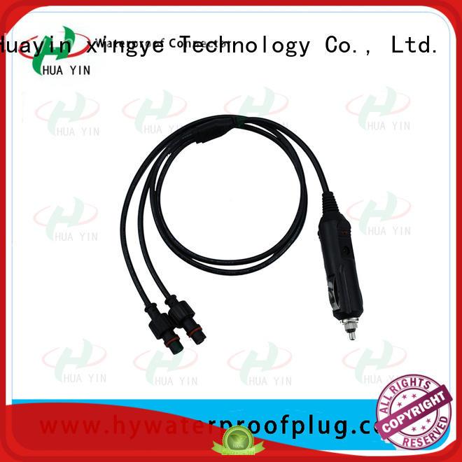 Car cigarette lighter plug and car cigarette lignter socket with cable